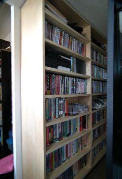 DVD棚370.jpg
