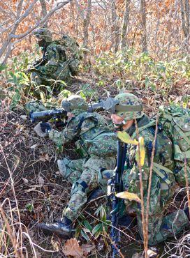 日米共同総合3名の兵士370.jpg